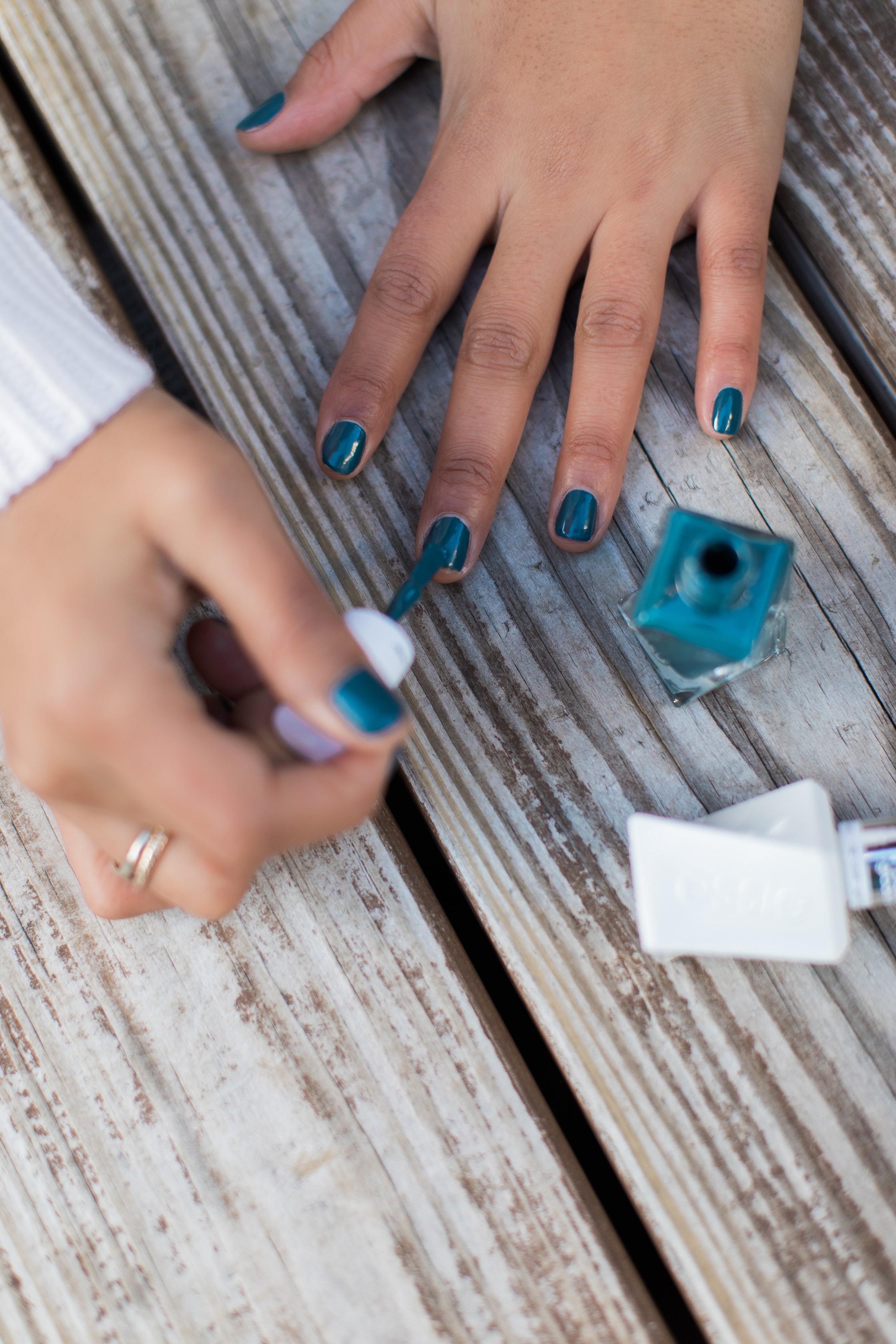A Fresh Manicure - Gel Couture Polish - Dyandra Raye