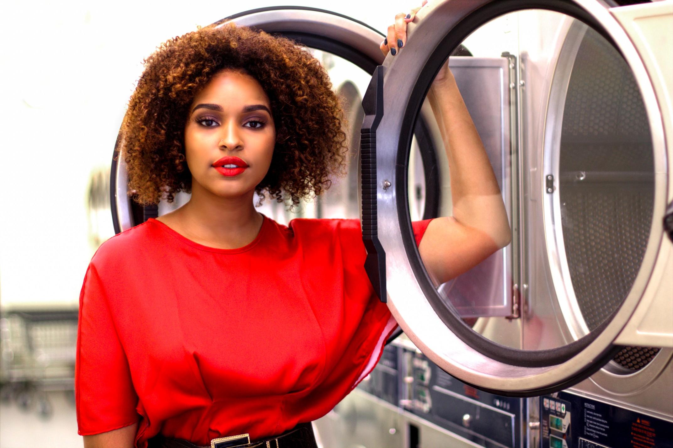 Blogger Laundromat Photoshoot